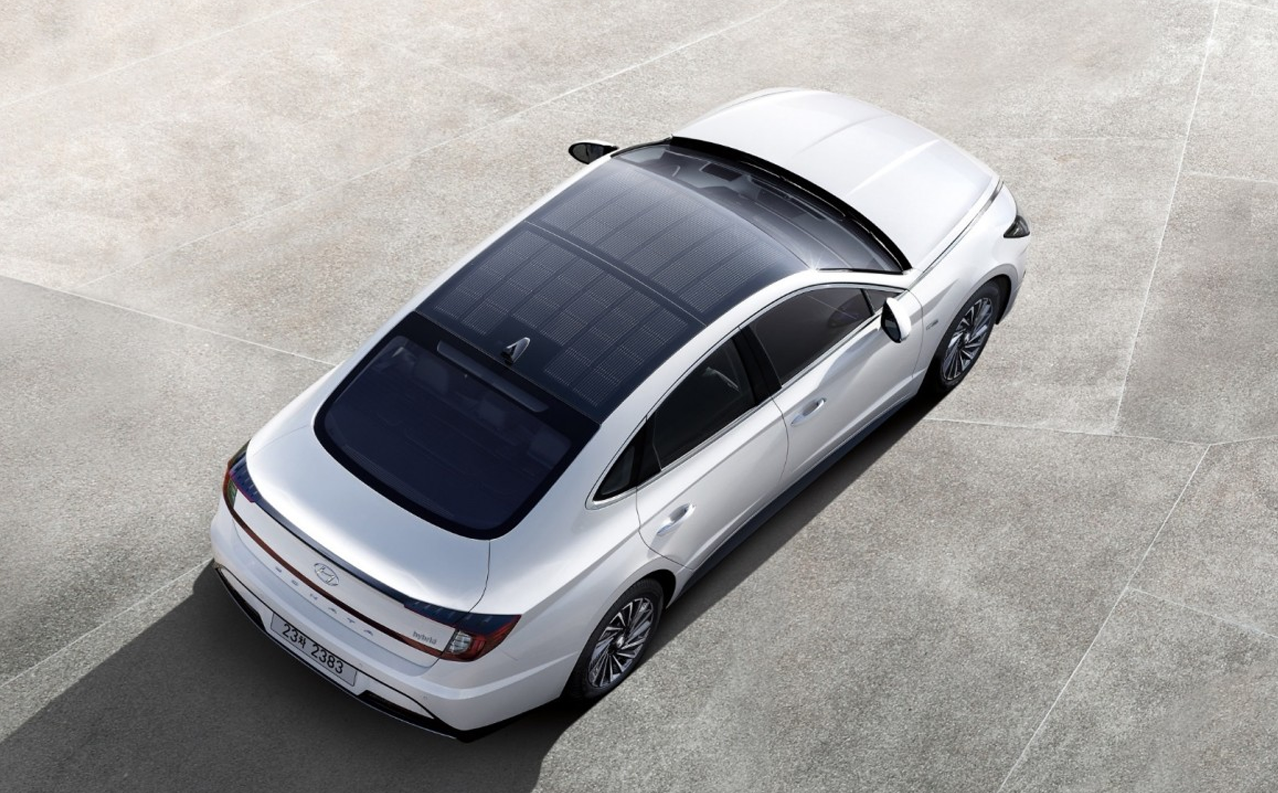 Hyundai Launches New Solar Powered Car